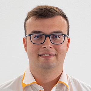 Nicolas Gestionale Senior Dev. Lamp. - Spain Help Desk Manager